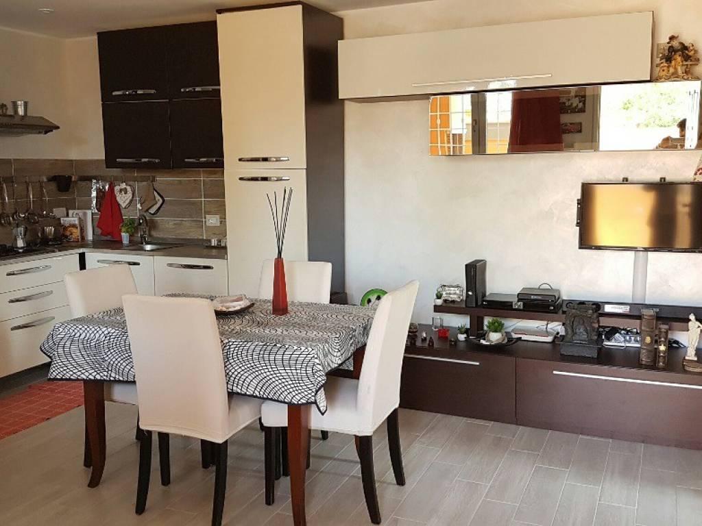 foto  Appartamento in villa Lungomare delle Meduse, Pomezia