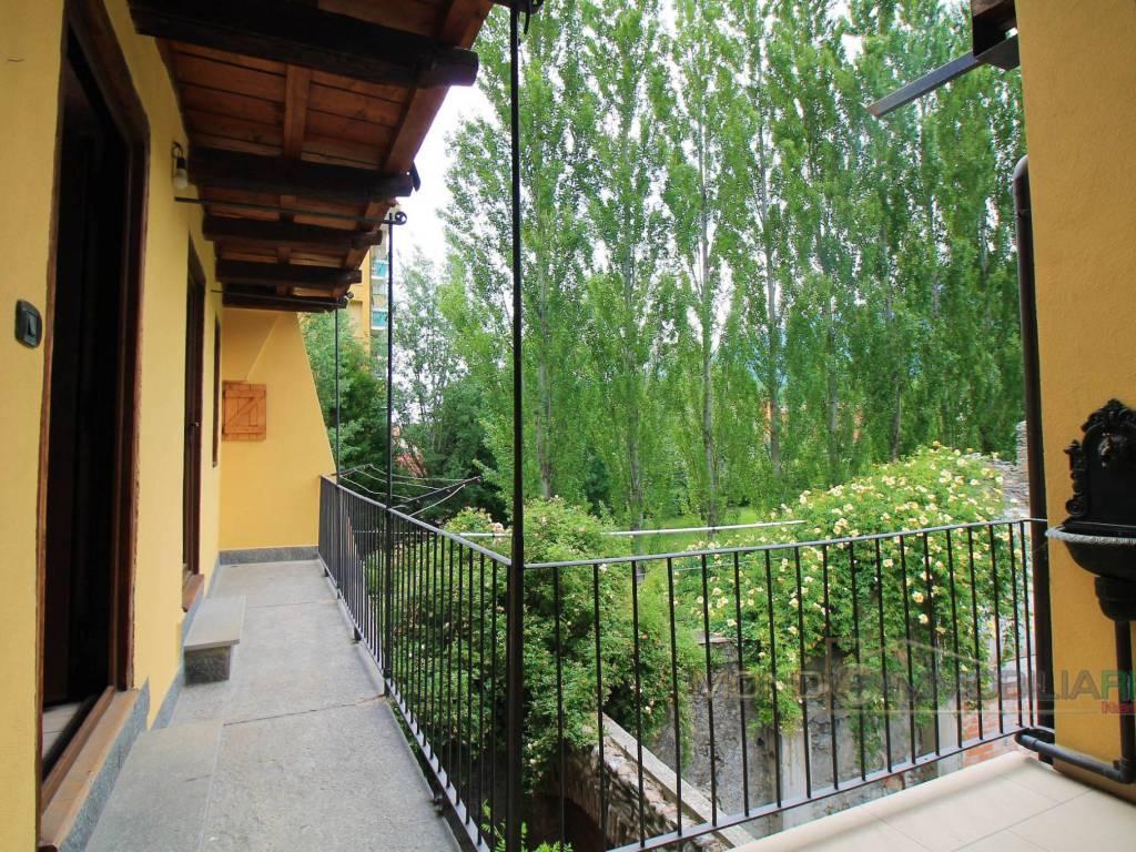 foto Balcone 4-room flat via Fratelli Vallero, Susa