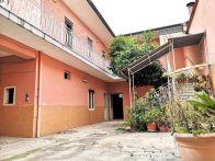 Palazzo / Stabile Vendita Cesa