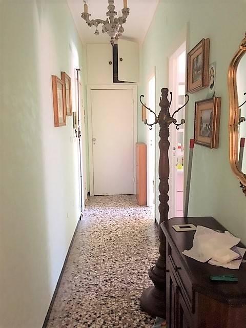 foto  Trilocale buono stato, secondo piano, Acqui Terme