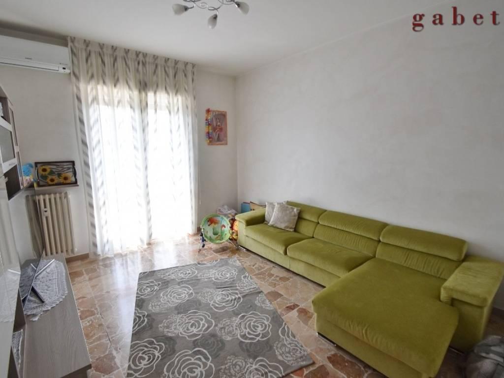 foto  3-room flat via Fratelli Bandiera, Boffalora Sopra Ticino