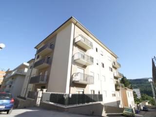 Foto - Trilocale via generale francesco rossi, Villa Comunale, L'Aquila