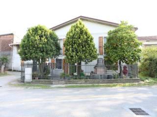 Photo - Farmhouse via Madonna dei Monti 33, San Colombano al Lambro