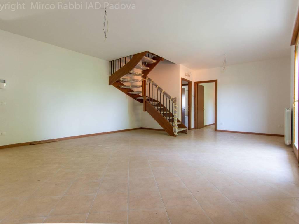 foto soggiorno 4-room flat excellent condition, first floor, San Pietro Viminario