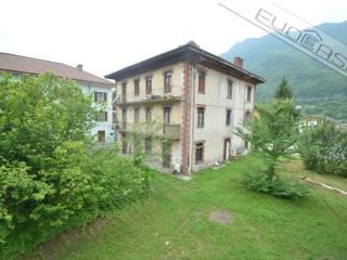Photo - Building via Vittorio Veneto 3, Dubbione, Pinasca