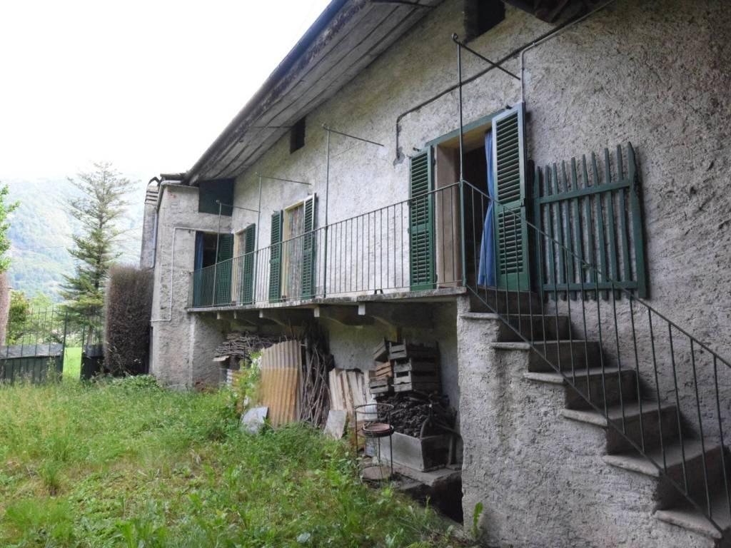 foto esterno Farmhouse frazione Inverso Buffa, Villar Pellice