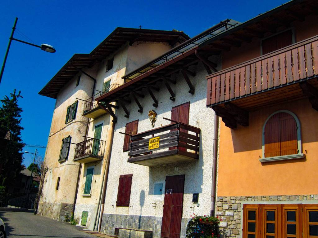 foto  Casa adosada via Miramonti, Selvino