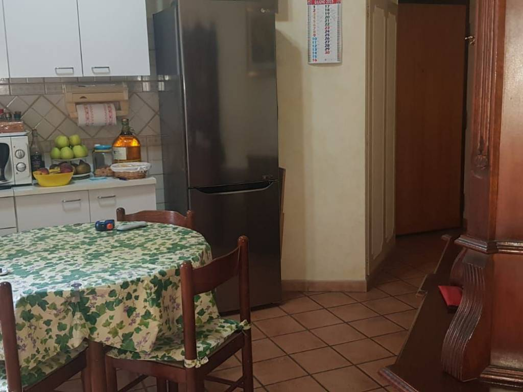 foto  Trilocale buono stato, secondo piano, Roma