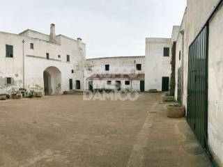 Photo - Masseria, to be refurbished, 1398 sq.m., Paolo VI, Taranto