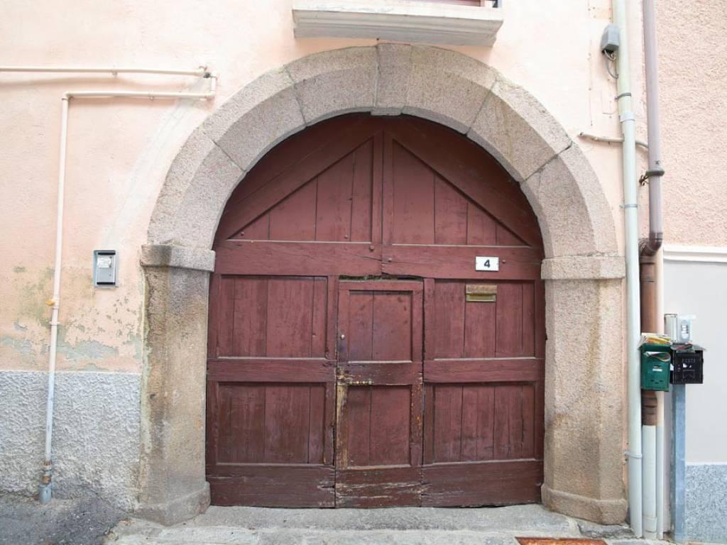 foto  Wohnung Renovierung notwendig, Nebbiuno