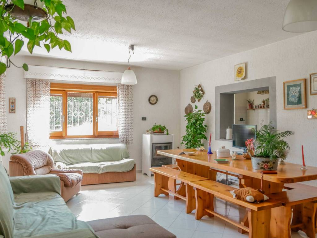 foto soggiorno Single family villa Strada Carrara, Mazzano Romano