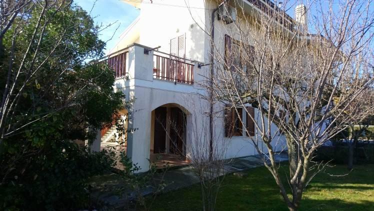 foto esterno Villa bifamiliare Strada Casella, Tavullia