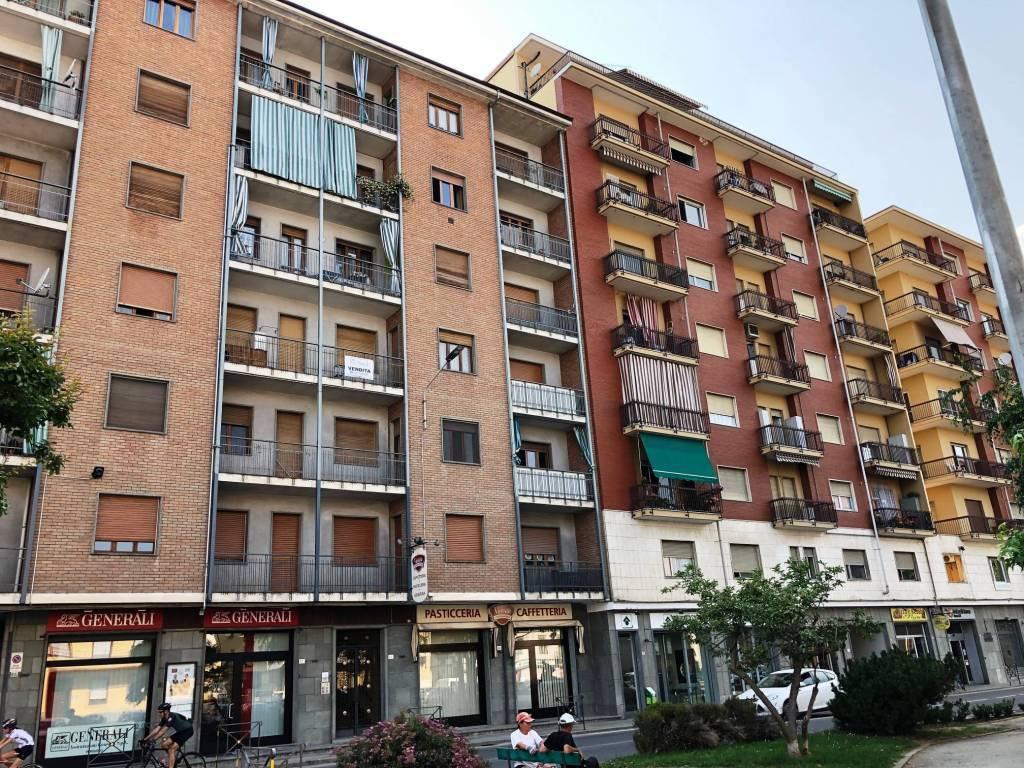 foto ESTERNO 3-room flat corso Re Umberto 52, Verzuolo