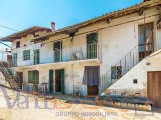Photo - Country house vicolo Ponte di Legno 4, Costigliole Saluzzo