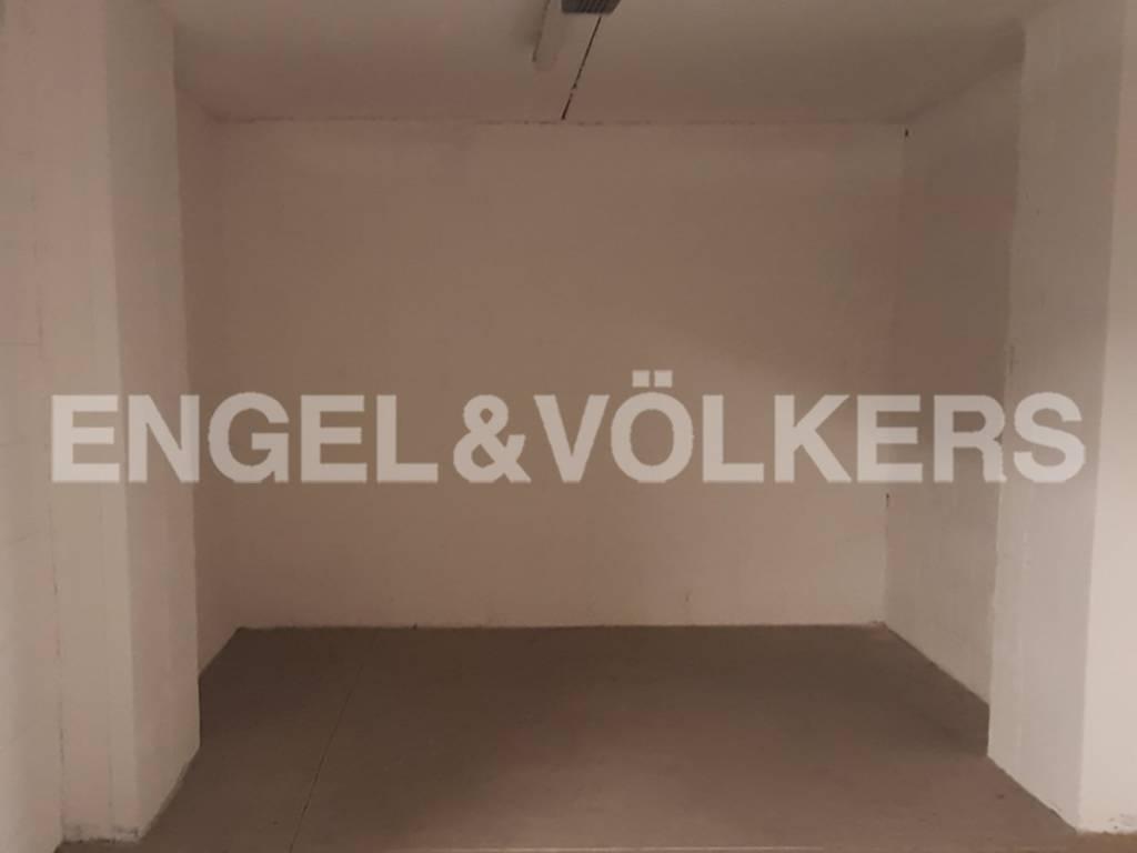 foto box Car box / Garage viale Italo Calvino, Roma