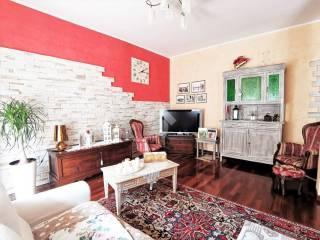 Photo - 3-room flat via E  Zambianchi, Ponte San Pietro
