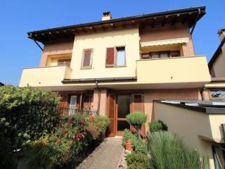 Photo - Terraced house via Carlo Cattaneo 4, Torrazza, Cambiago