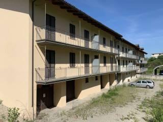 Foto - Stabile o palazzo via Torino 48, Ferrere