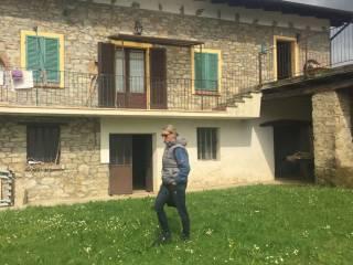 Photo - Country house regione Madonna Addolorata, Levice