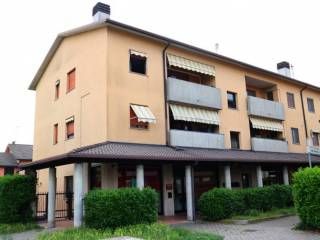 Photo - 3-room flat piazza del Pettirosso, Arconate