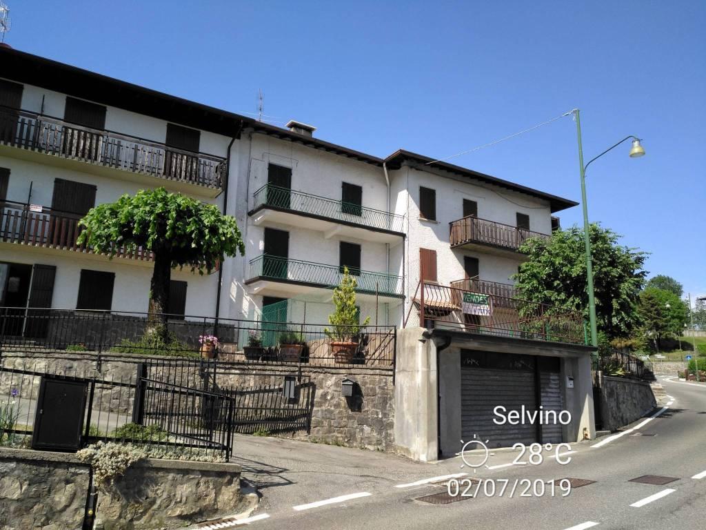 foto  Building corso Milano 64, Selvino
