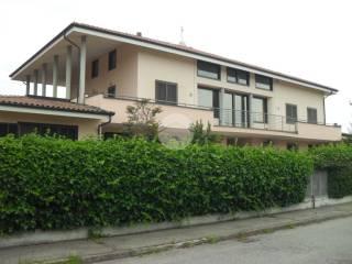 Foto - Villa plurifamiliare via Tenente Avalle, Piscina