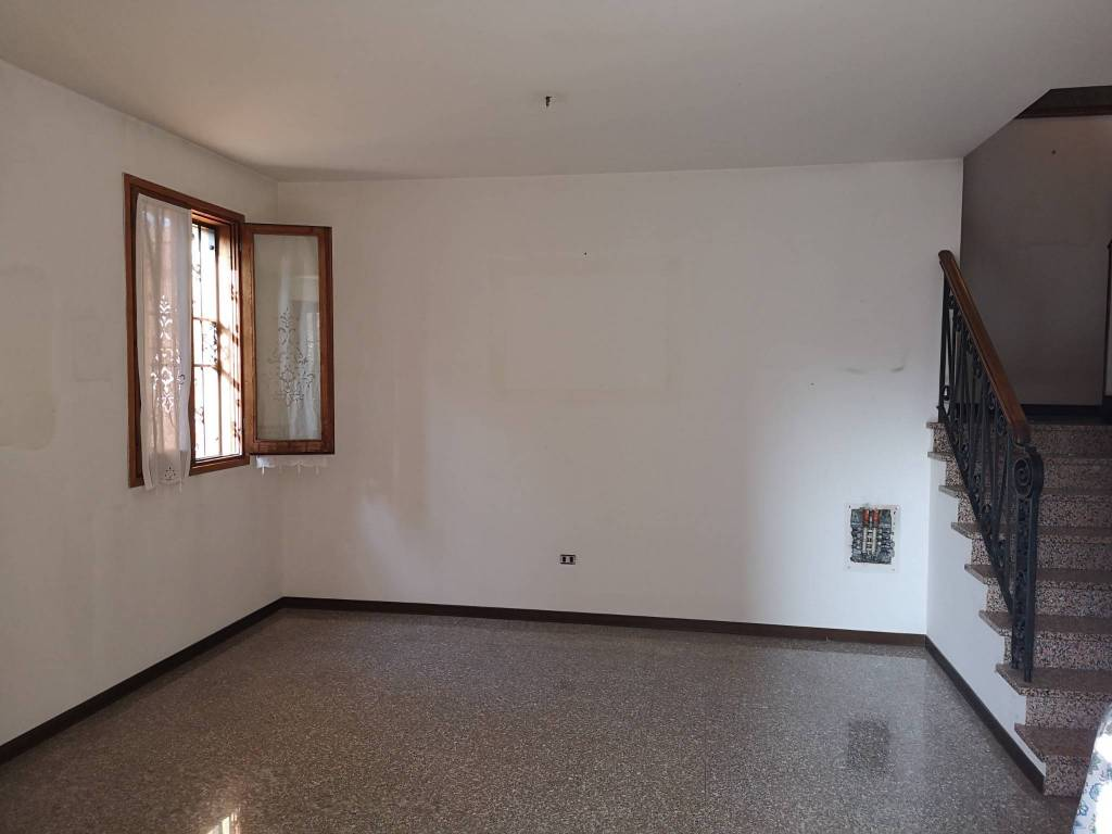 foto  Villa a schiera, buono stato, Castelfranco Emilia