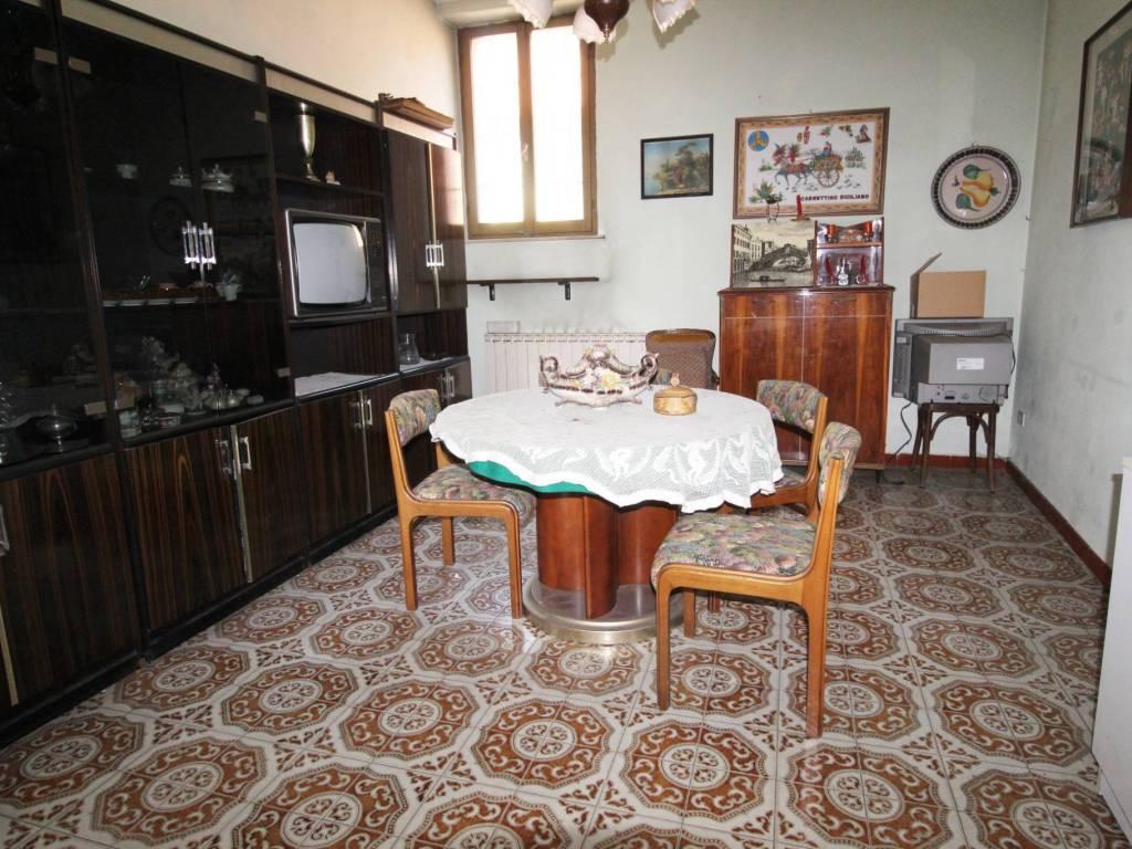 foto SOGGIORNO 3-room flat via Monte Rosa, Locate Varesino