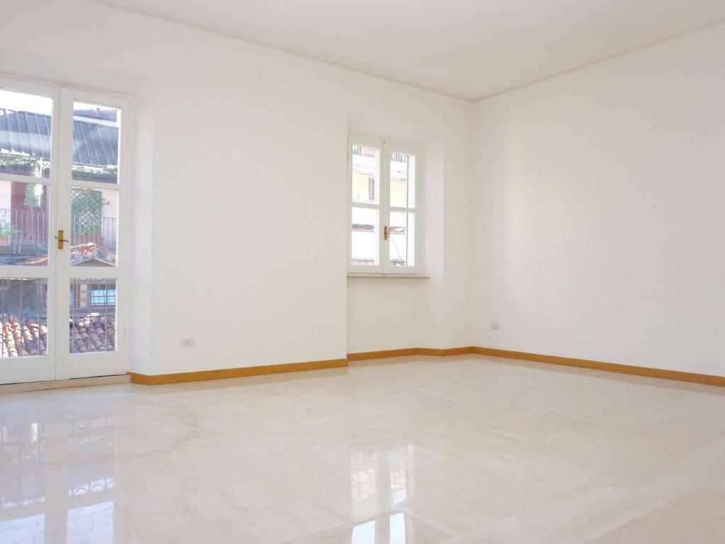 foto Soggiorno 2-room flat via Della Spiga, Milano