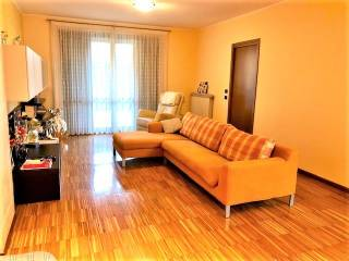 Photo - Terraced house 5 rooms, excellent condition, Levate