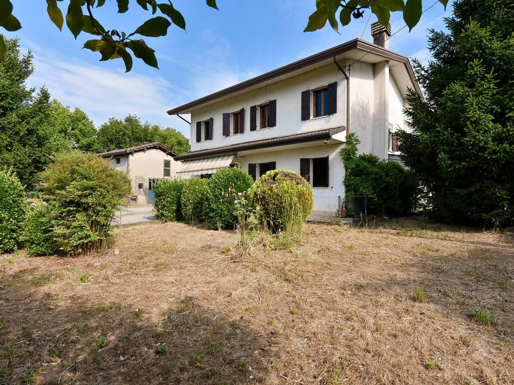 Piscina Piazzola Sul Brenta vendita villa unifamiliare in via santa colomba 19 piazzola