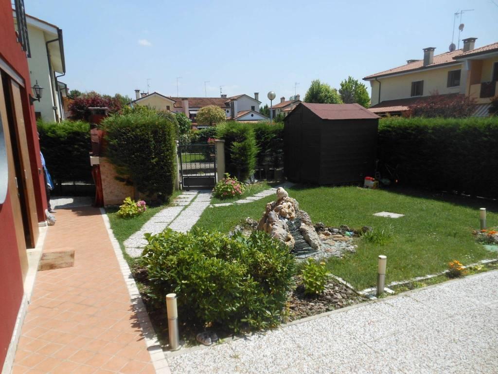 foto  Villa unifamiliare 140 mq, Breda di Piave