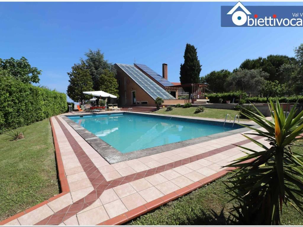 foto viste Villa unifamiliare Contrada Giardino 57, Colonnella
