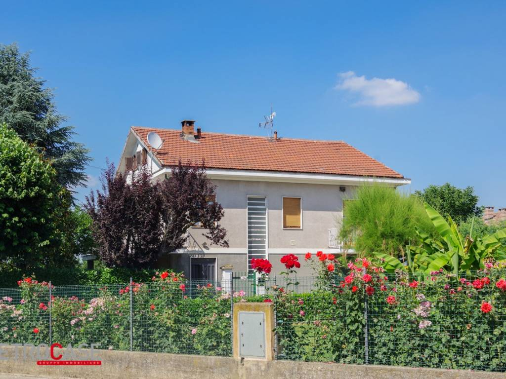 Vendita Villa unifamiliare in via Roma 68 Cellarengo ...