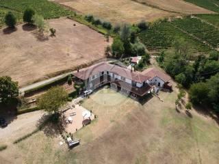 Foto - Villa unifamiliare, ottimo stato, 2500 mq, Santo Stefano Belbo