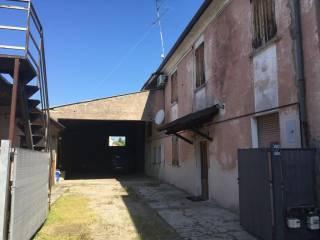 Photo - Terraced house via San Giorgio 59, Goito