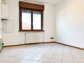 Photo - 2-room flat via Longoni, Palazzago