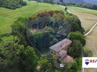 Photo - Historic residence via Corno, Entratico