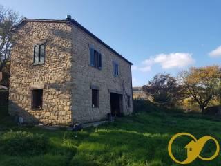 Foto - Casale Contrada Rofanello, Le Grazie, Tolentino