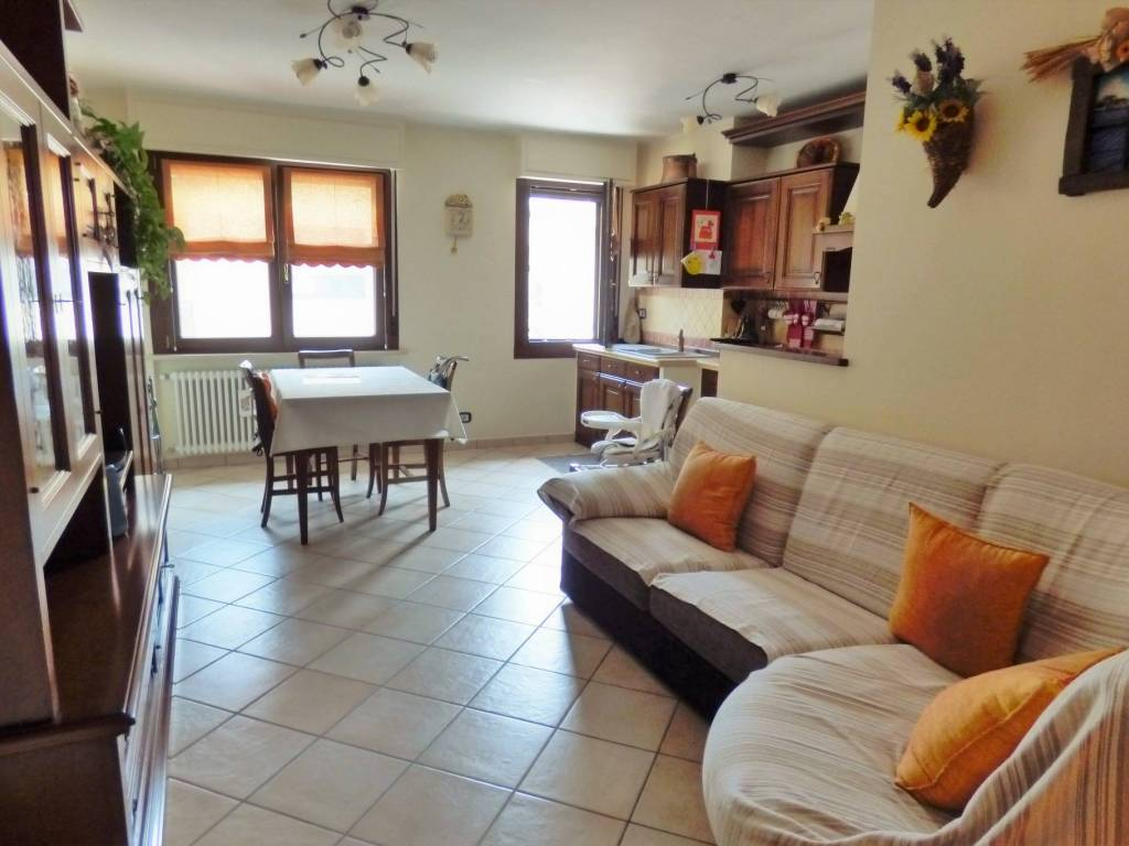 foto living 3-room flat Strada Santa Margherita, Robilante