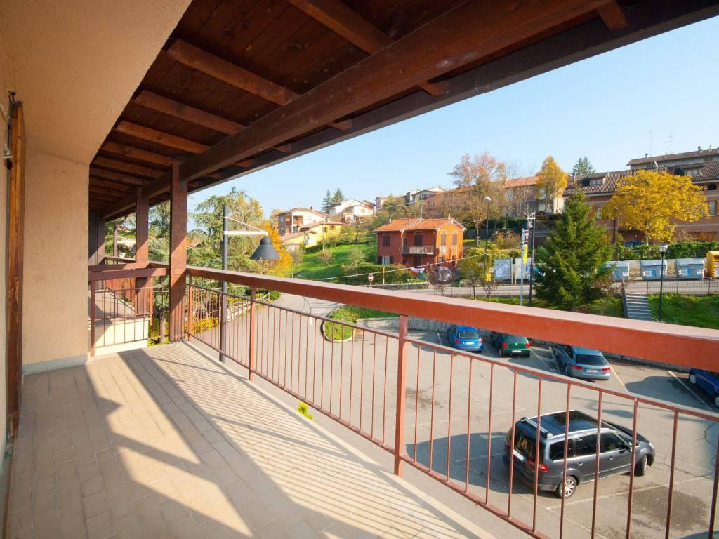 foto  3-room flat piazza Giorgio Amendola 5, Villa Minozzo