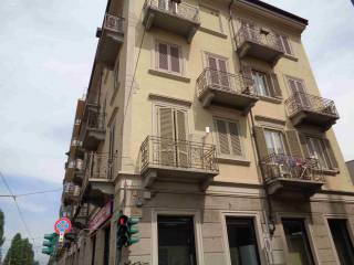 Foto - Trilocale via Stradella 60, Borgo Vittoria, Torino