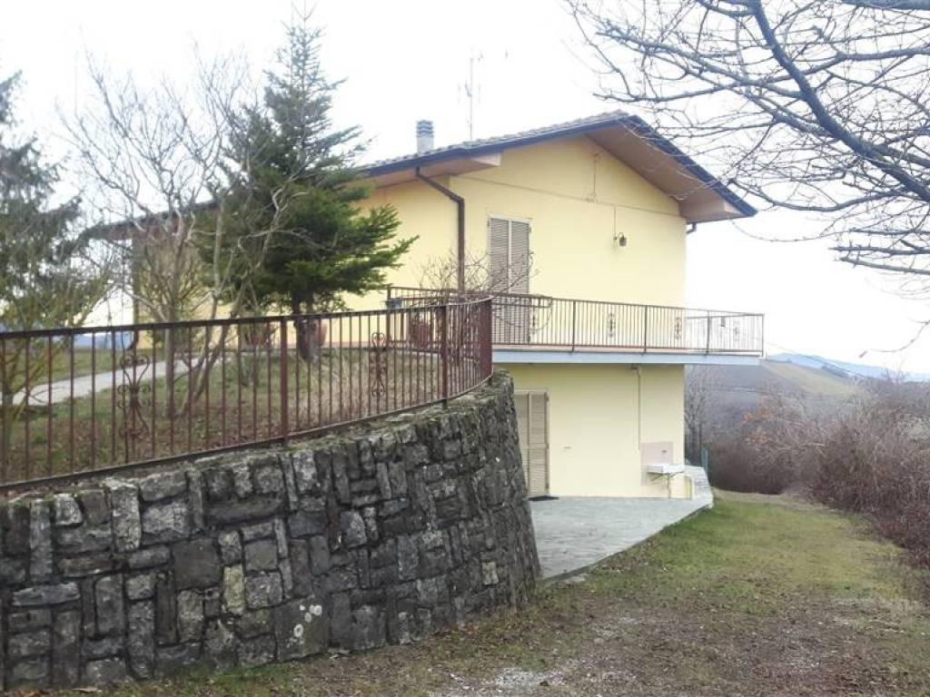 foto  Villa unifamiliare, buono stato, 160 mq, Piozzano