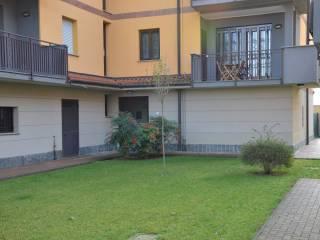 Foto - Trilocale via Nuova 38, Moncucco, Vernate
