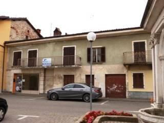 Photo - Building piazza Caduti in Guerra 2, Sant'Albano Stura