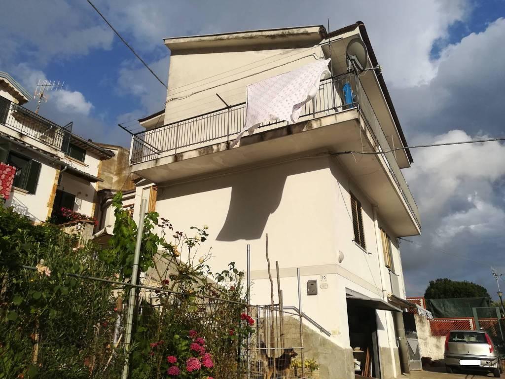 foto FACCIATA Terratetto unifamiliare via Cortenisi, San Mango Piemonte