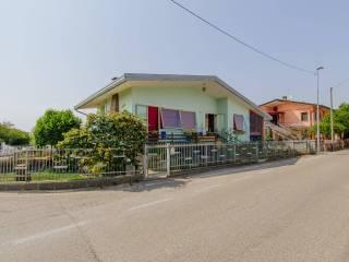 Foto - Villa unifamiliare, buono stato, 319 mq, Campagna Lupia
