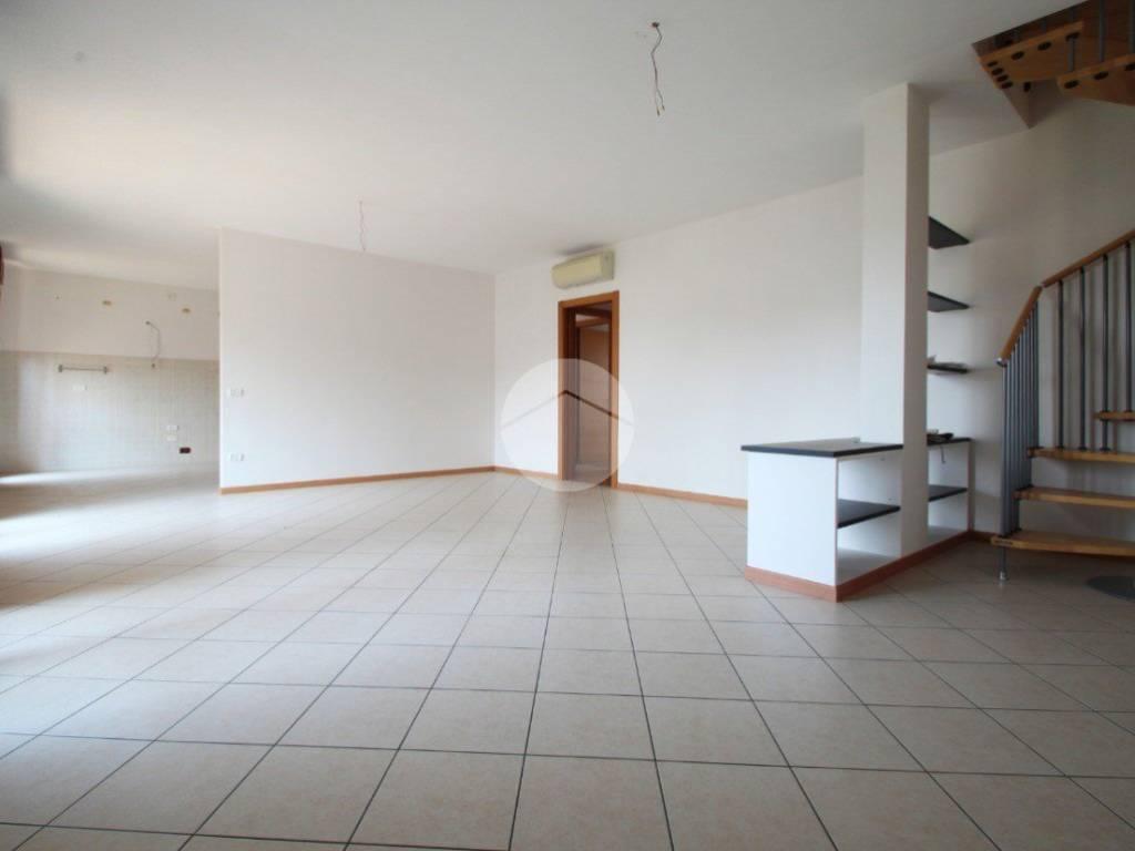 foto Soggiorno Appartamento via Nazionale, San Martino Buon Albergo
