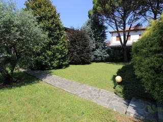 Foto - Villa unifamiliare via John Fitzgerald Kennedy, Oggiono