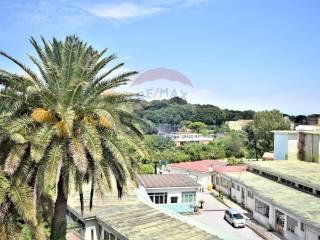 Foto - Quadrilocale via Sant'antonio A Capodimonte, 46, San Carlo All'Arena, Napoli